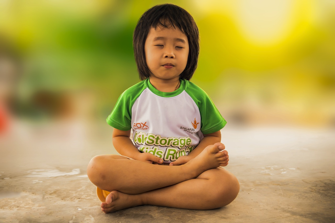 Improve Your Kids' Overall Well being by Teaching Them Yoga