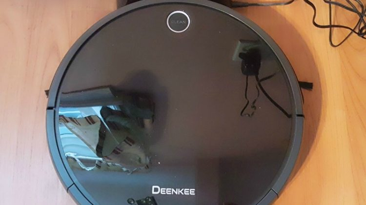Cleaning Made Easy with Deenkee Robot Vacuum #MEGAChristmas18