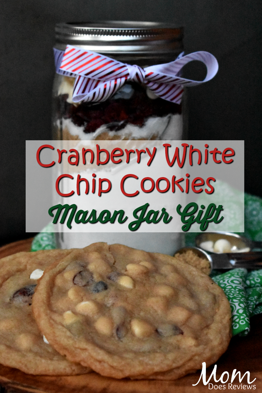 Cranberry White Chip Cookies Mason Jar Gift  #cookies #gifts #giftideas
