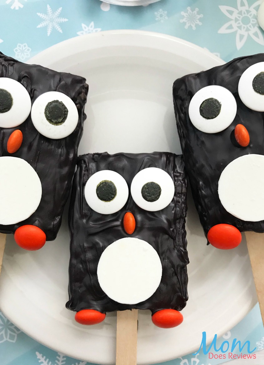 Penguin Rice Krispie Treats #funfood #treats #sweets #desserts