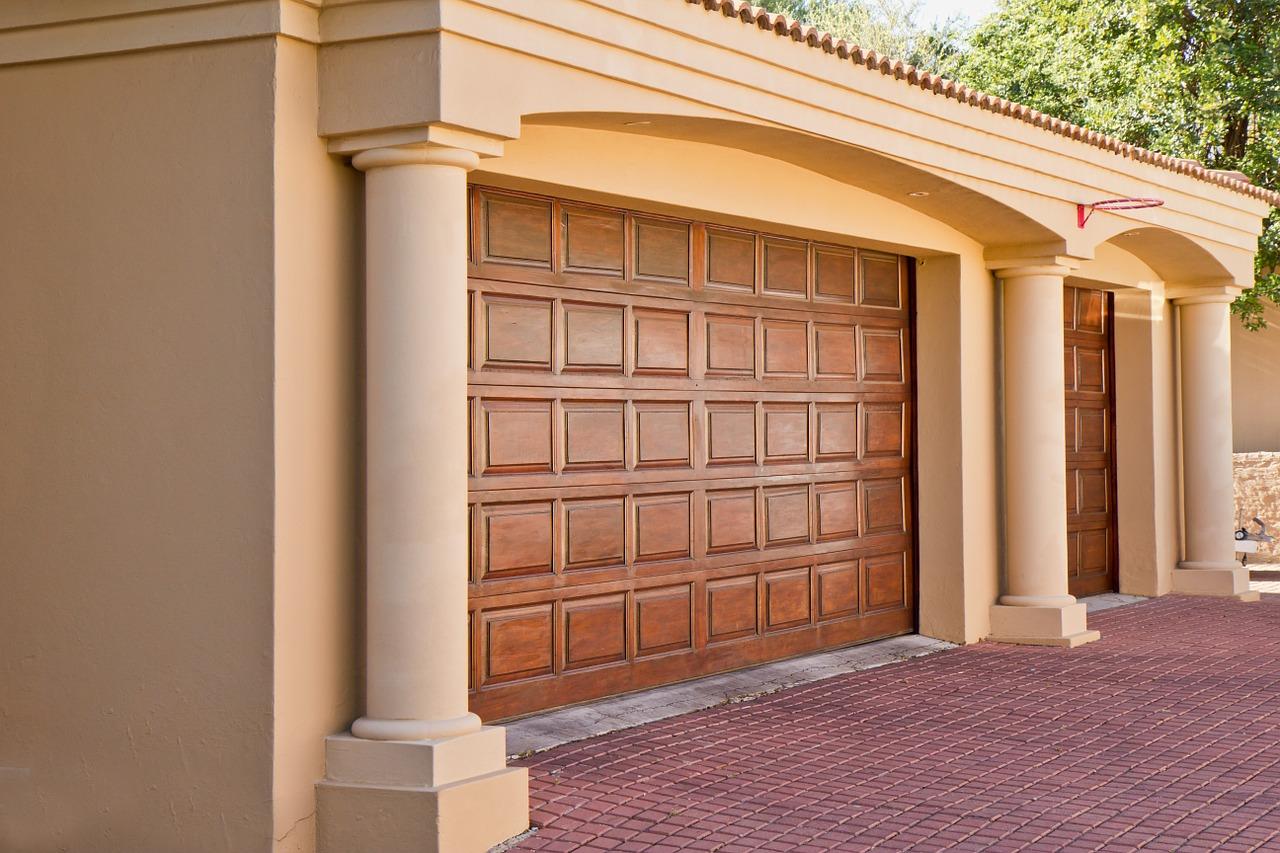 Roller Door Repairs: How to Make Things Easier