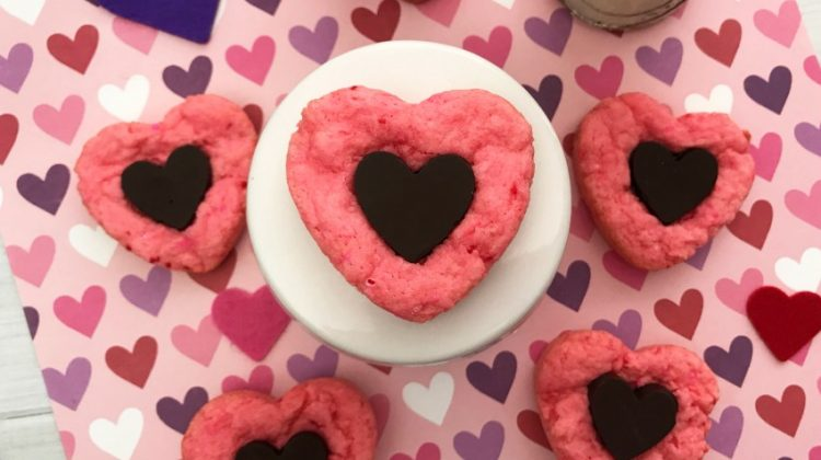 Strawberry Chocolate Heart Cookies #Sweet2019