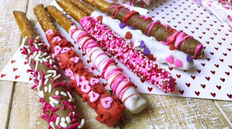 Super Cute Valentine's Day Pretzel Rods #Sweet2019
