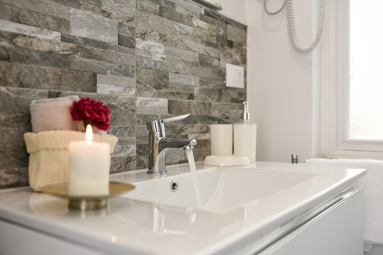 Smart Ideas for Renovating and Customizing Your Bathroom