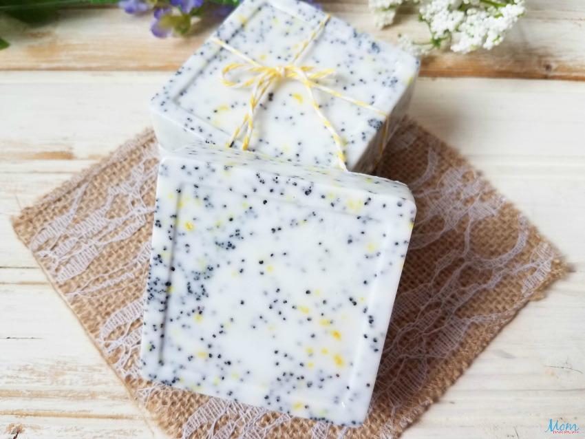 Homemade Lemon Poppy Seed Soap