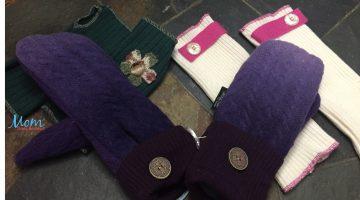 mittens,wool