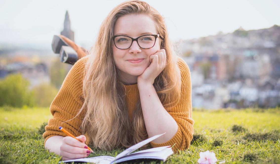4 Ways to Help Your Teen Establish Good Studying Habits