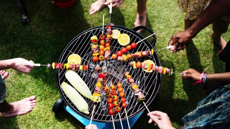 Making it Look Easy: 4 Tips for Summer Party Hosting