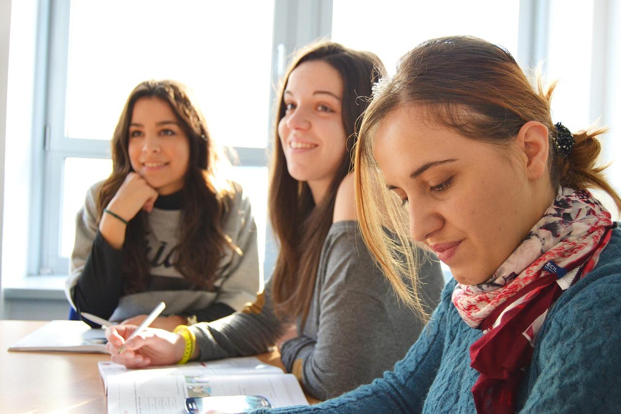 3 Key Ways International Schools Help You Shape a Better Career