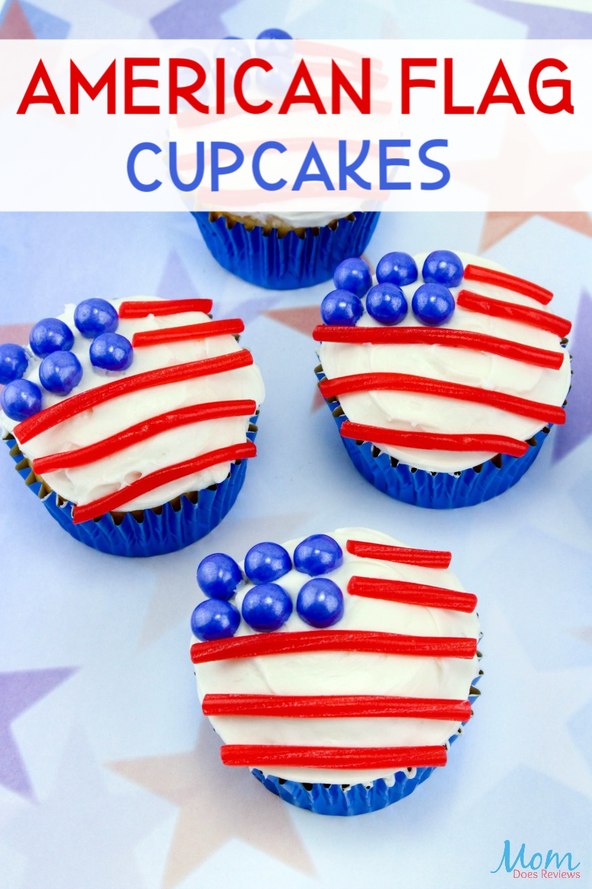 American Flag Cupcakes #desserts #cupcakes #americanflag #patriotic #getinmybelly