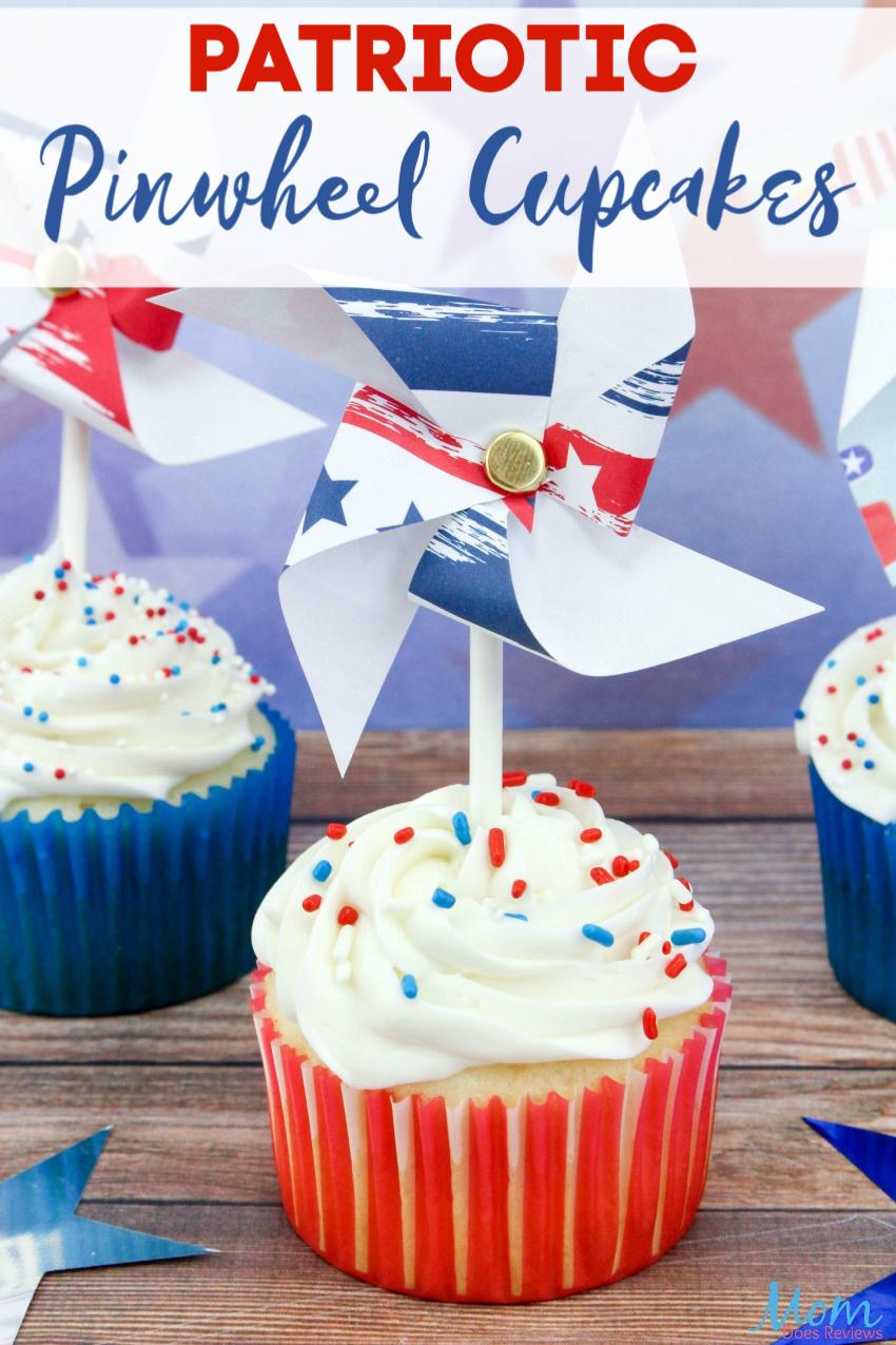 Patriotic Pinwheel Cupcakes #recipe #cupcakes #4thofjuly #food #sweets #foodie