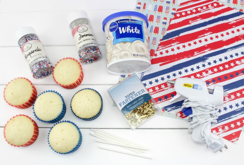 Patriotic Pinwheel Cupcakes supplies