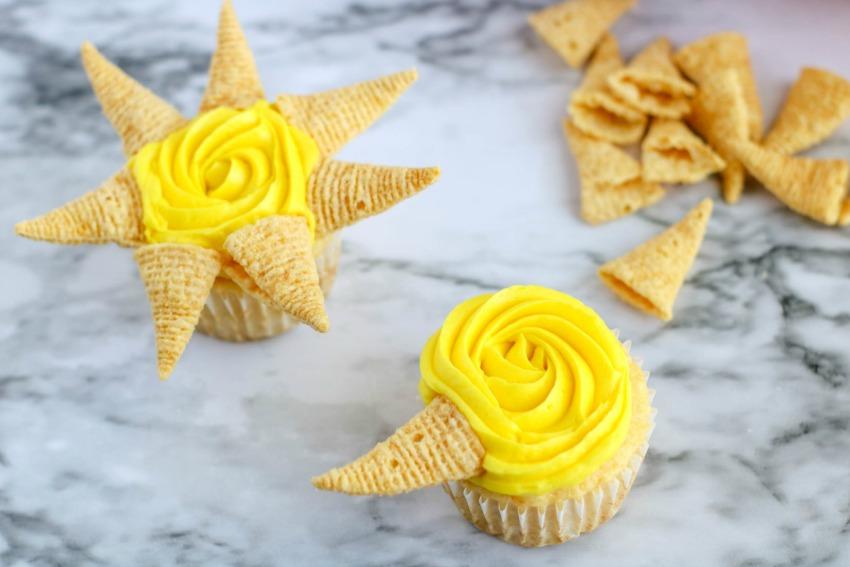 Sunshine-Themed Cupcakes process