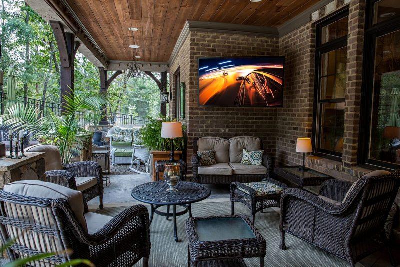 Update Your Outdoor Oasis with SunBrite Outdoor TV #OutdoorTV