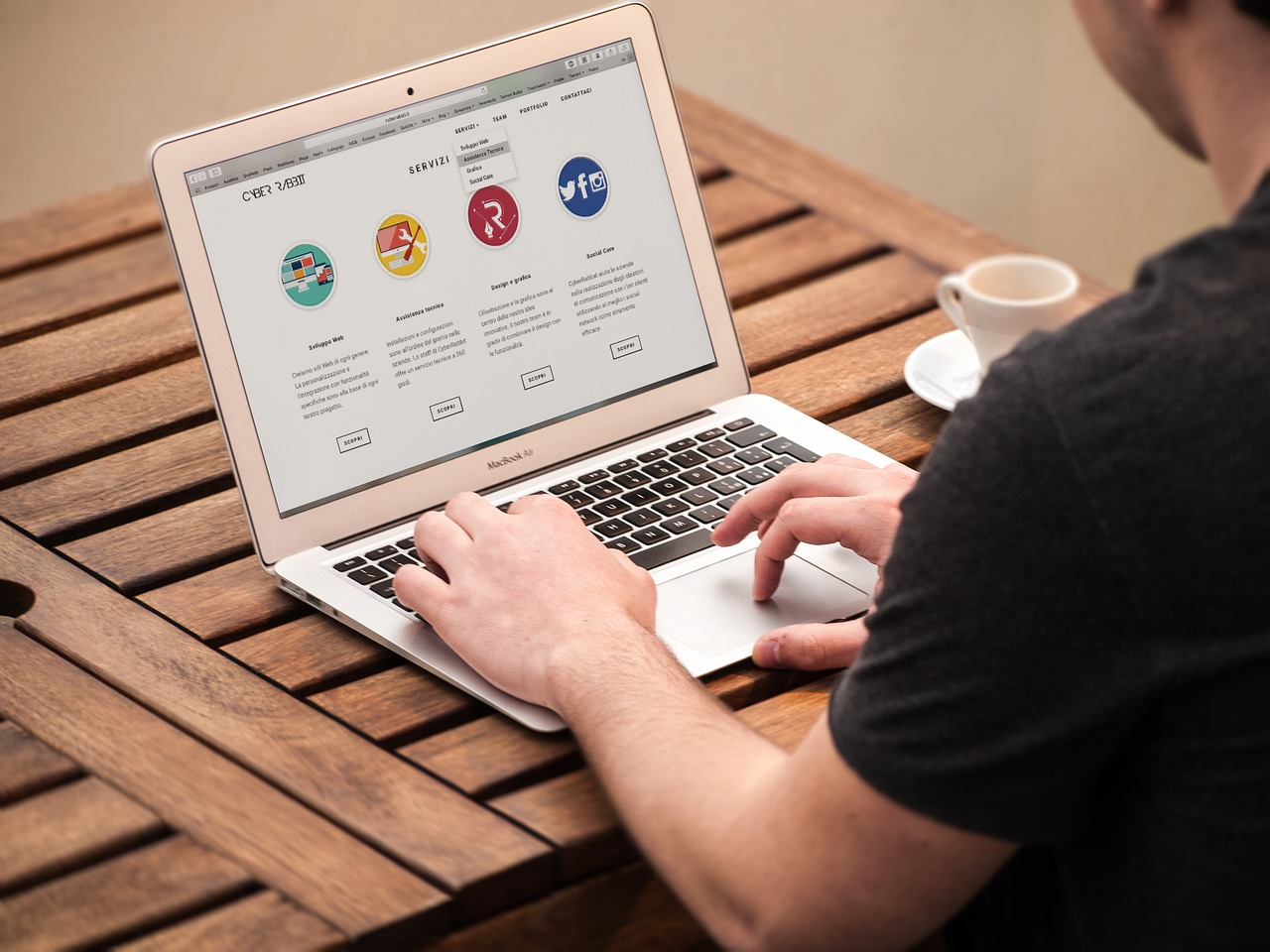 How to Make Your Website Easily Accessible to Readers