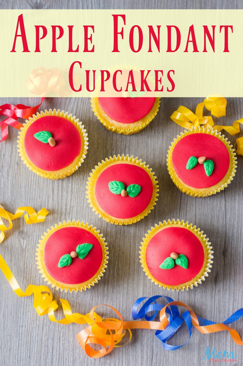 Apple Fondant Cupcakes #backtoschool #cupcakes #apples #decorating #sweets #desserts