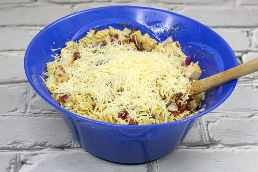 Grilled Chicken Pesto Pasta process