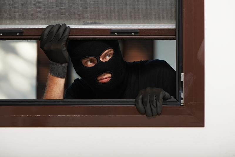 5 Inexpensive Ways to Burglar-Proof Your Home