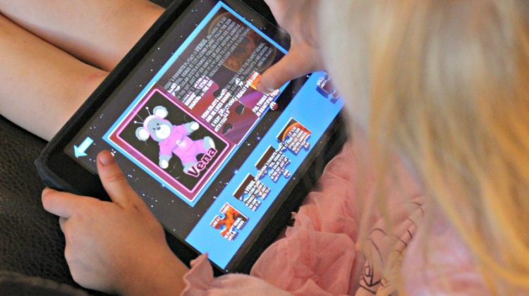 Explore The Universe With These 3 Cosmic Cubs Children's Apps! #MDRSummerFun