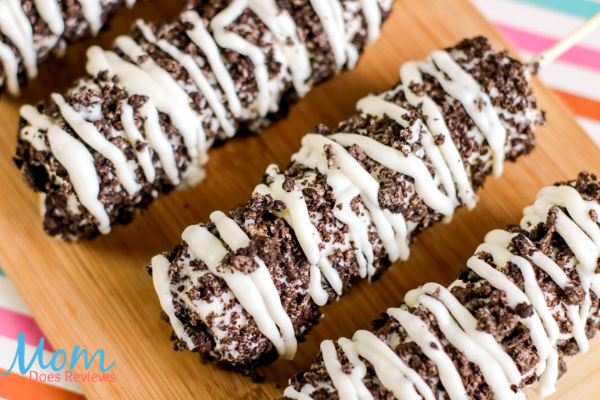 Easy Cookies and Cream Marshmallow Pops