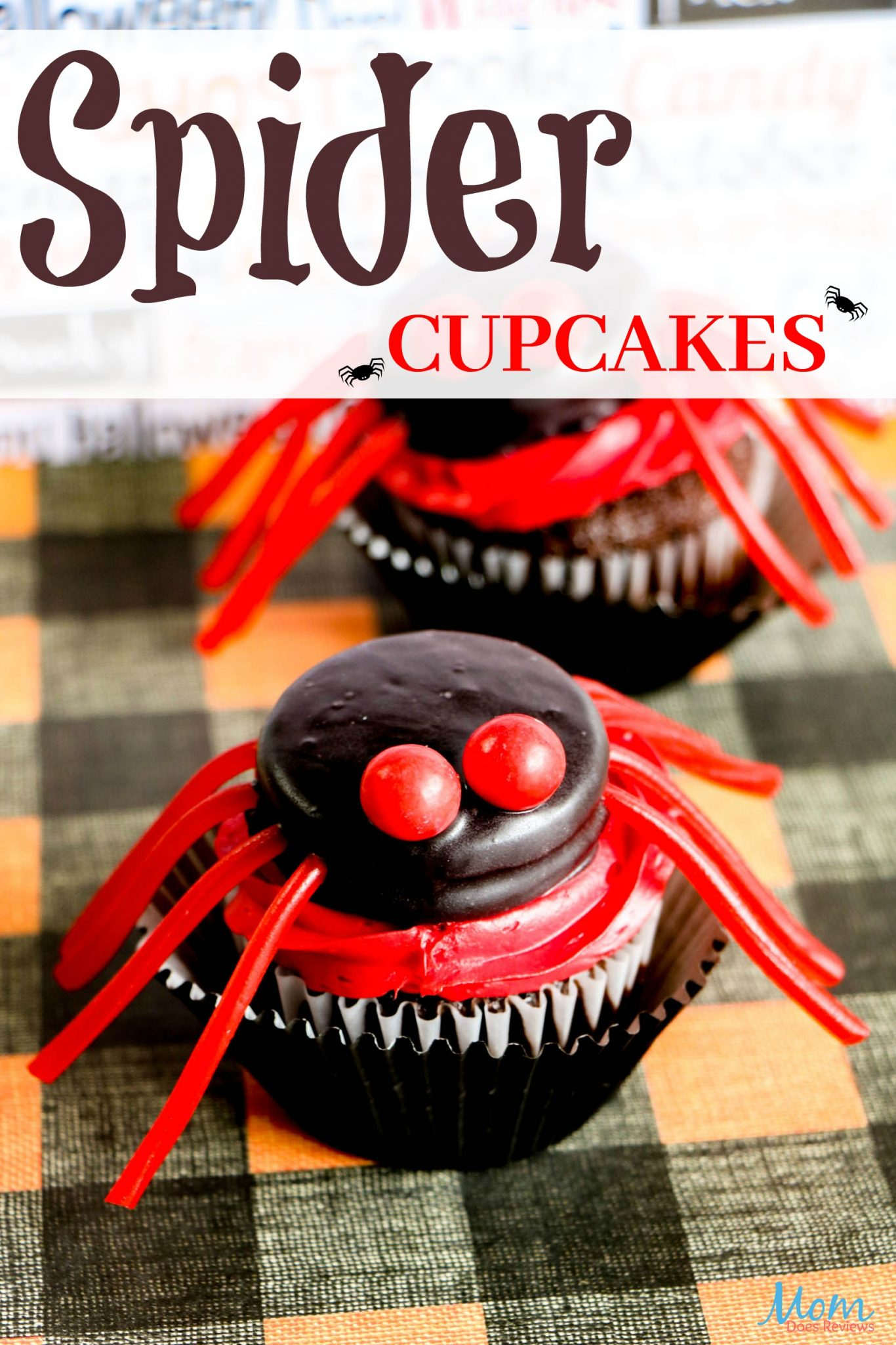 Make these Easy Spider Cupcakes for a Scary Good Treat! #HALLOWEEN #funfood #cupcakes
