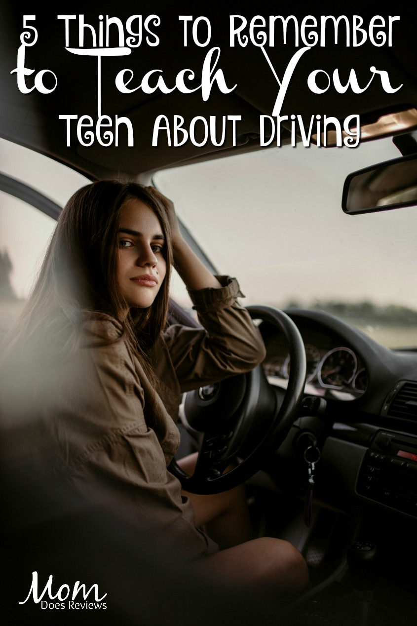 5 Things to Remember to Teach Your Teen About Driving #parenting #driving #teendrivers
