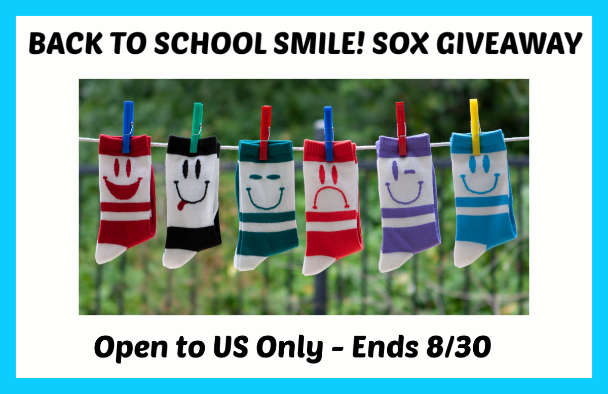 #Win a Set of 6 SMILE! SOX! US ends 8/30 #SmileSox