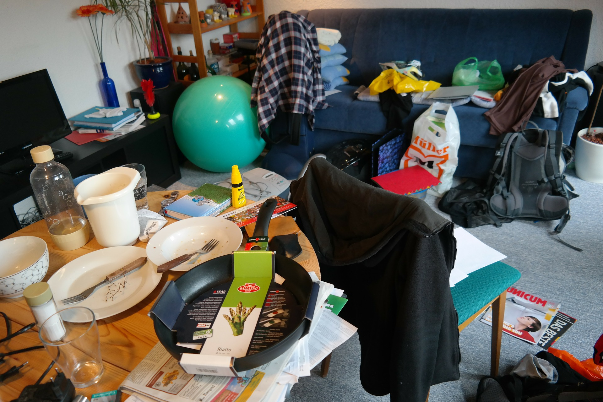 4 Reasons to Declutter Once Summer Ends