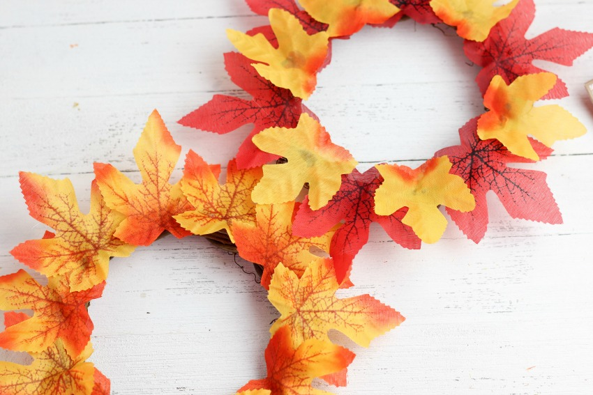 Fall Wreath Craft for Kids process