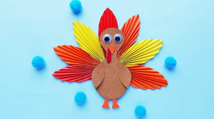 Fun Paper Turkey Craft for the Kids this Thanksgiving!