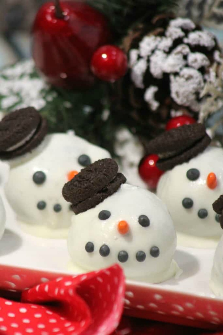 Snowman Cake Balls