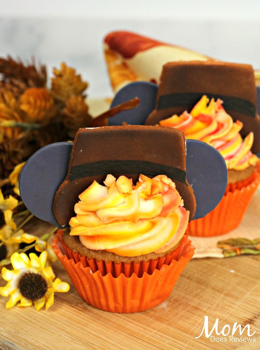 Thanksgiving Mickey Ear Cupcakes #recipe #mickey #thanksgiving