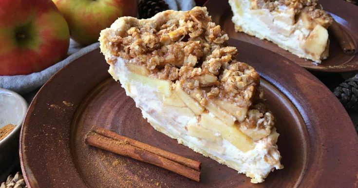 Apple Cream Cheese Streusel Pie