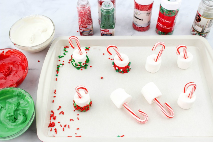 Candy Cane Hot Cocoa Dippers process