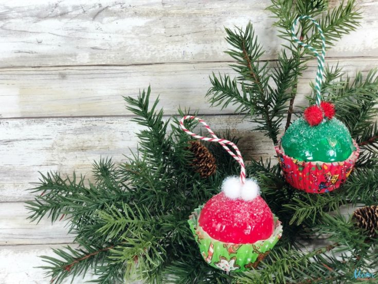 Christmas Cupcake Ornament Craft