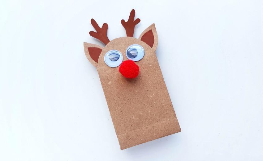 DIY Reindeer Mini Gift Bags process