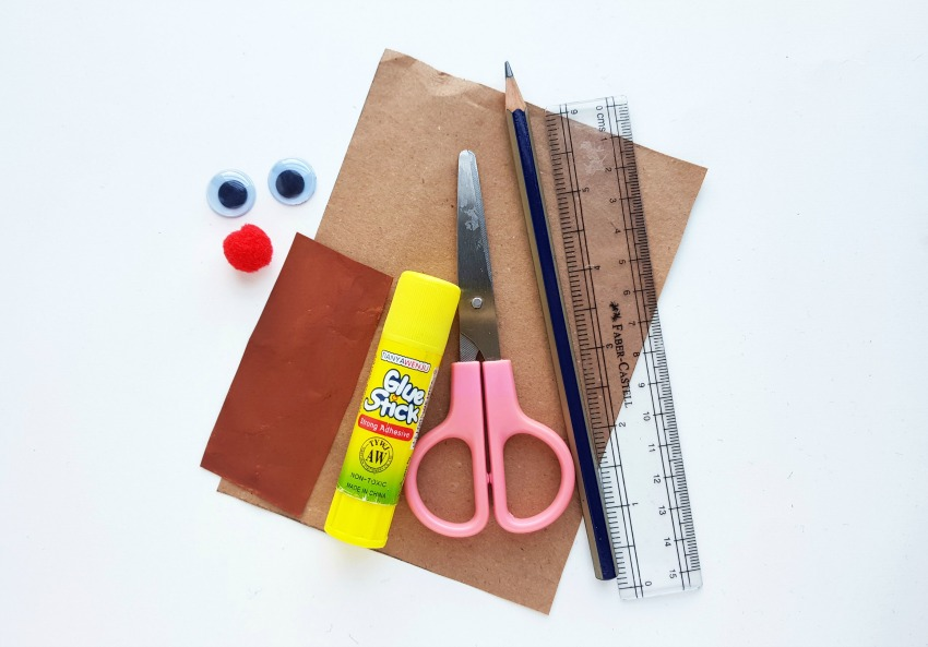 DIY Reindeer Mini Gift Bags supplies