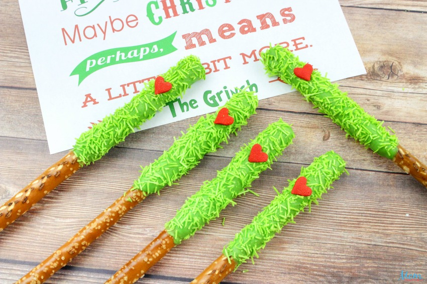 Super Adorable & Yummy Grinch Pretzels Recipe is the perfect Grinch-Inspired Sweet Treats