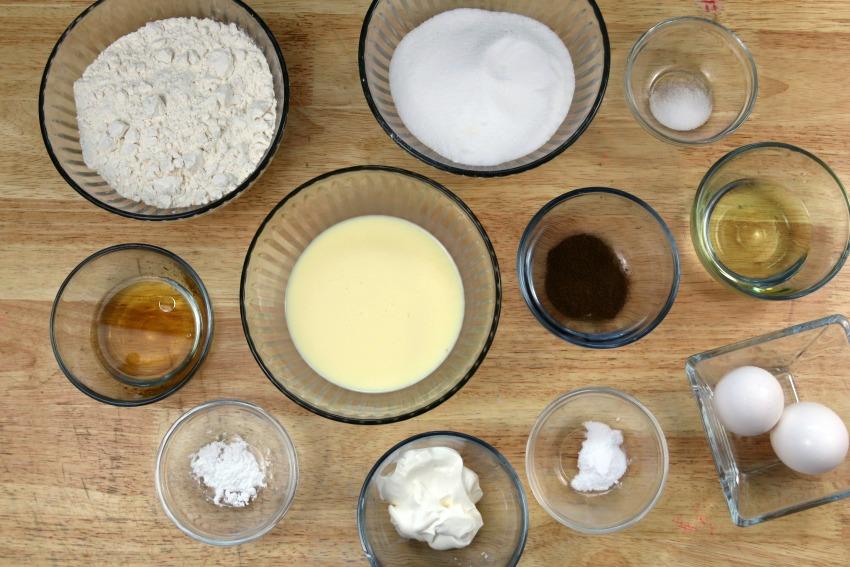 Spiced Rum Eggnog Cupcakes Ingredients