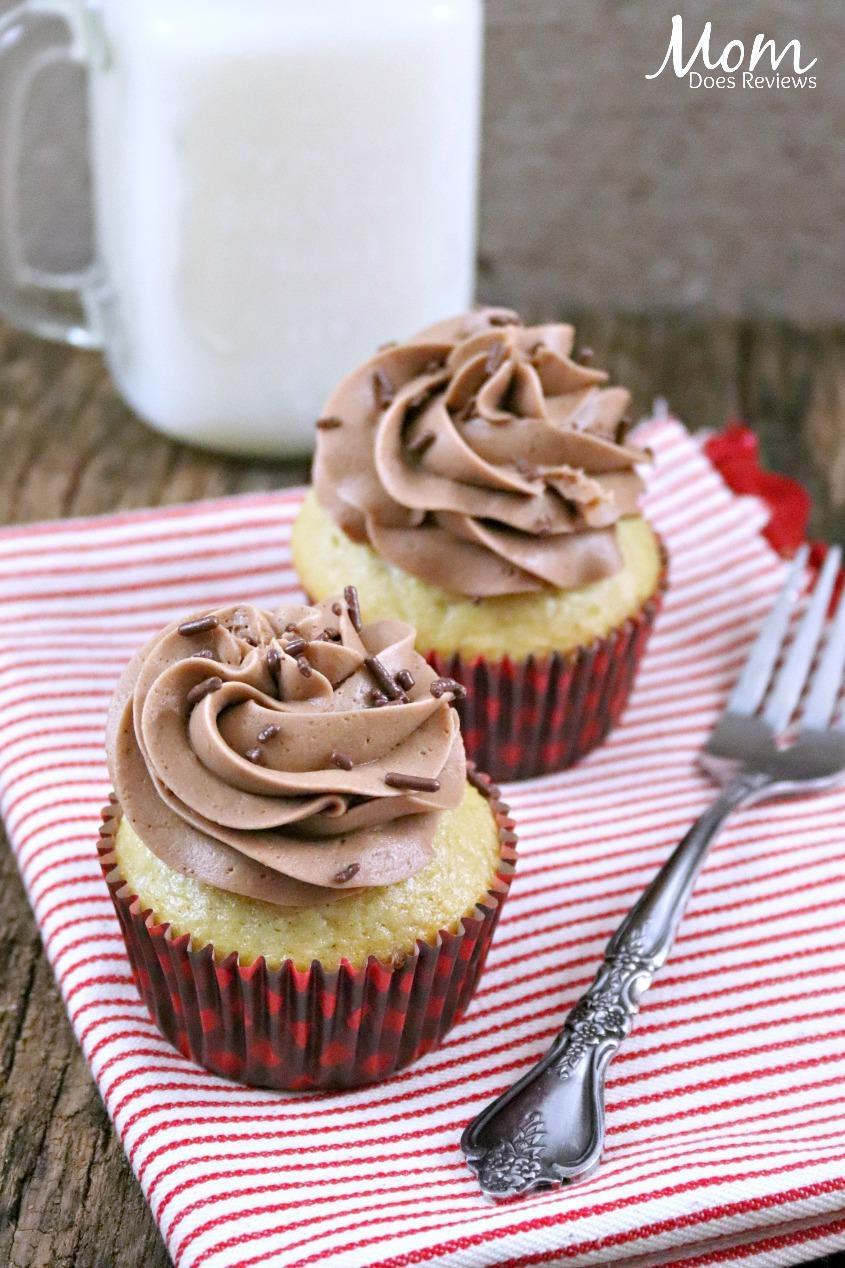 Spiced Rum Eggnog Cupcakes #recipe #sweets #foodie