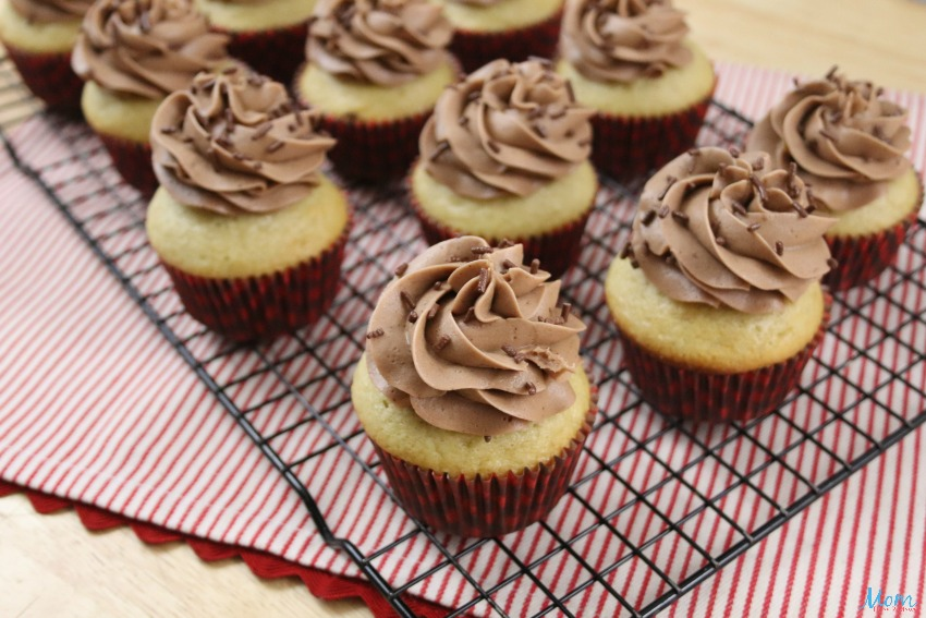 Spiced Rum Eggnog Cupcakes with Homemade Spiced Rum Buttercream Frosting
