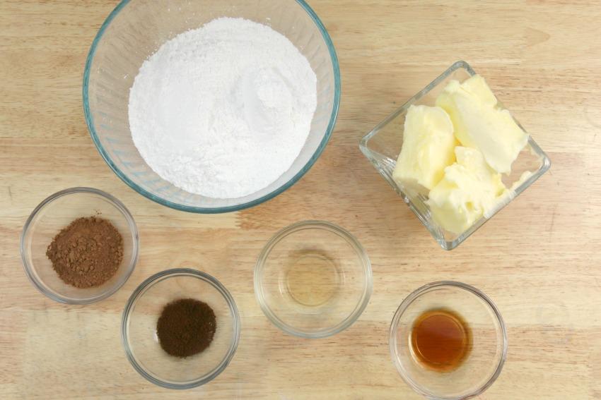 Spiced Rum Eggnog Frosting Ingredients