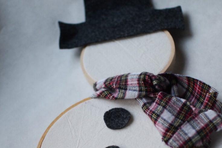 Embroidery Hoop Snowman