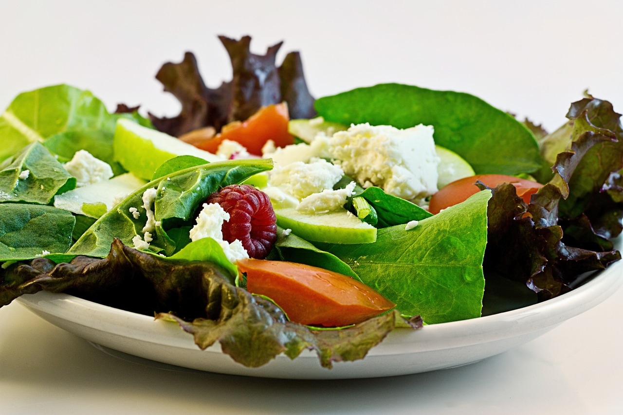 Live Healthy- Eat More Salads!