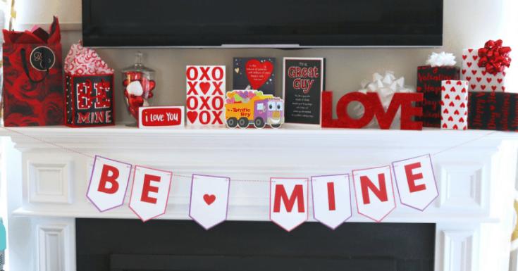 """Be Mine"" DIY Valentine Banner Free Printable for Valentine's Day"