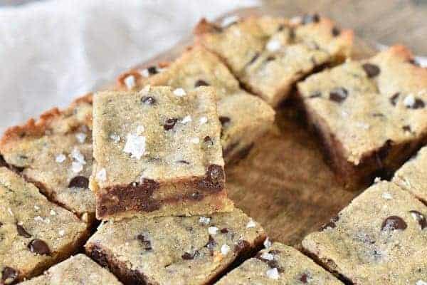 Keto Chocolate Chip Cookie Bars { Gluten Free }