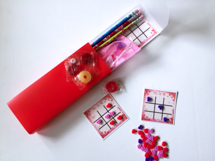 Reusable Valentine's with Free tic-tac-toe printable