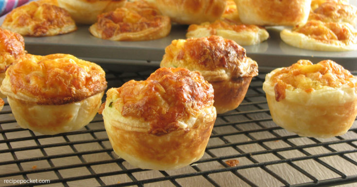 Mini Bacon Cheese Quiche Appetizers