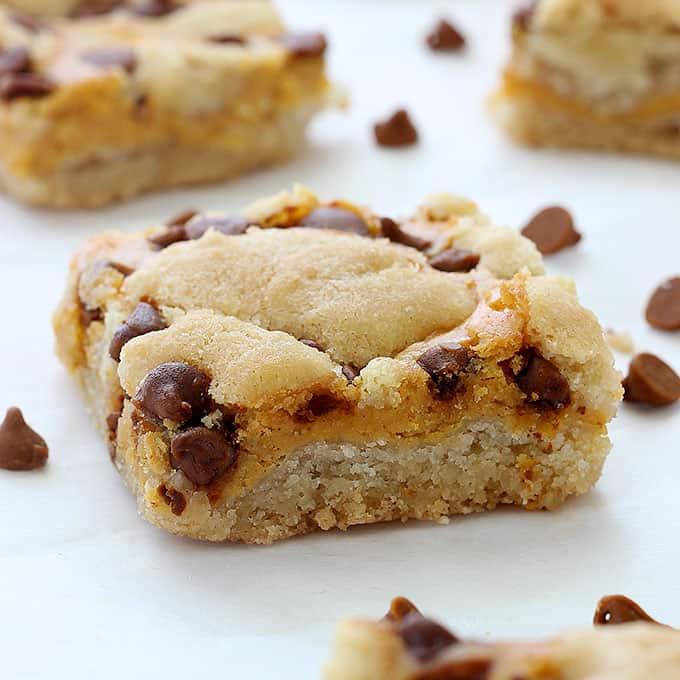 Pumpkin Cheesecake Sugar Cookie Bars