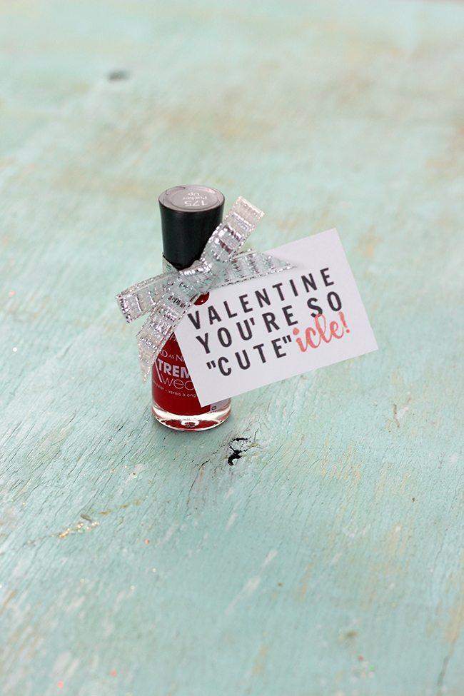 """DIY """"CUTE""""icle Valentine's Day Nail Polish Gift Tag"""